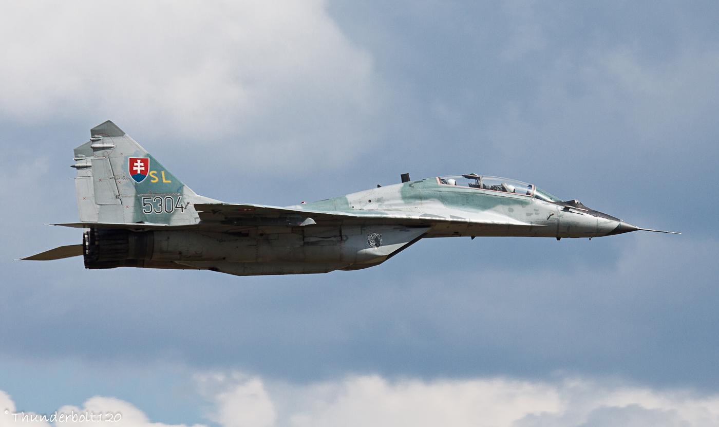 Mig-29UBS 5304