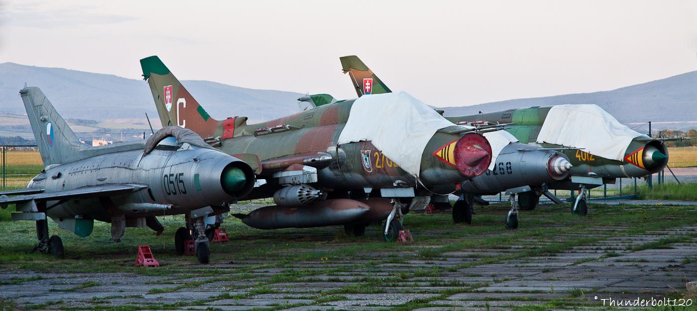 Mig-21F-13 and Su-22M4 and Mig-21UM and Su-22M4