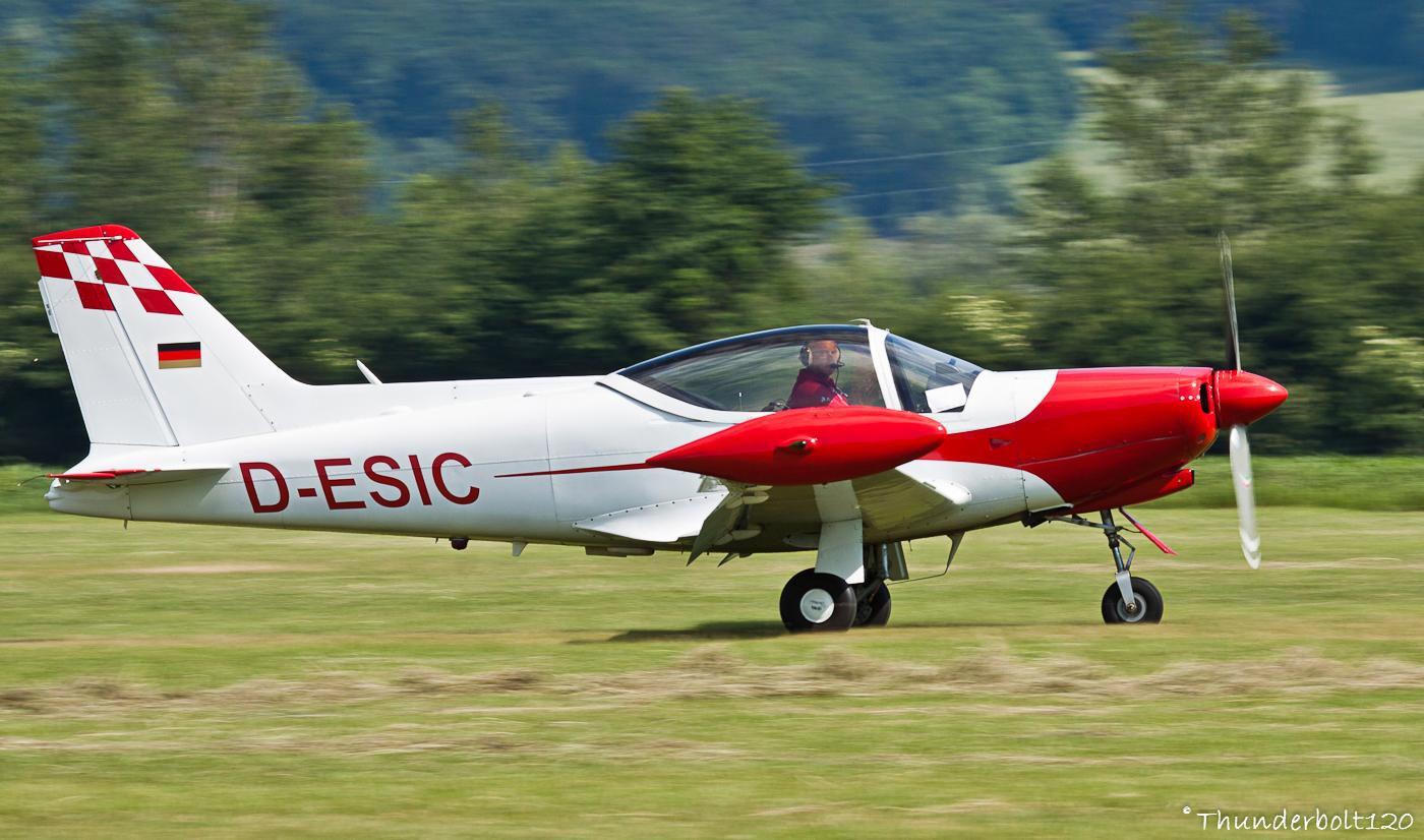 SIAI Marchetti SF-260 D-ESIC