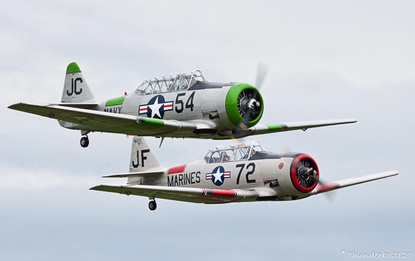 2x SNJ-5 Texan