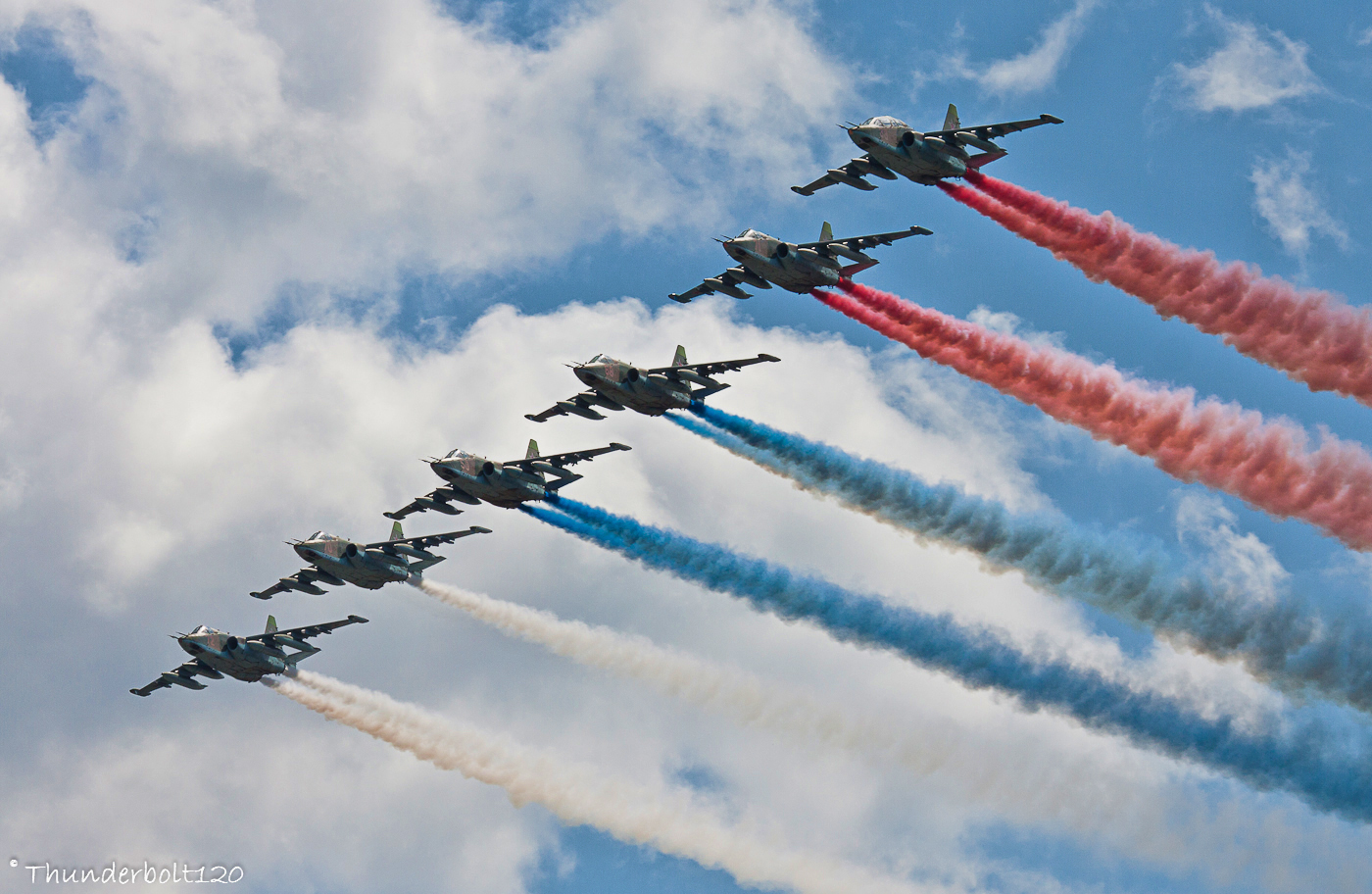 https://thunderbolt120.deviantart.com/art/6x-Su-25-Russian-flag-352757398