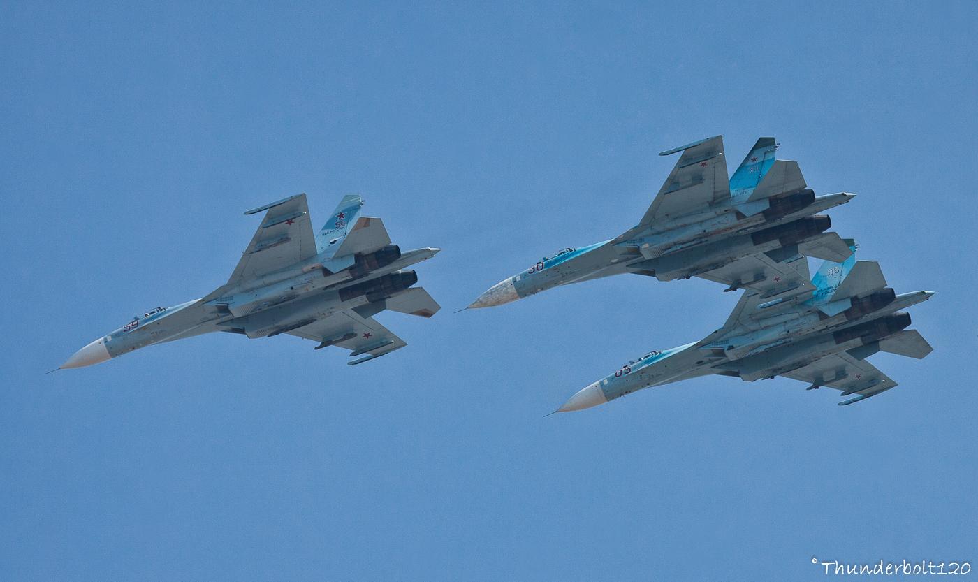 3x Su-27