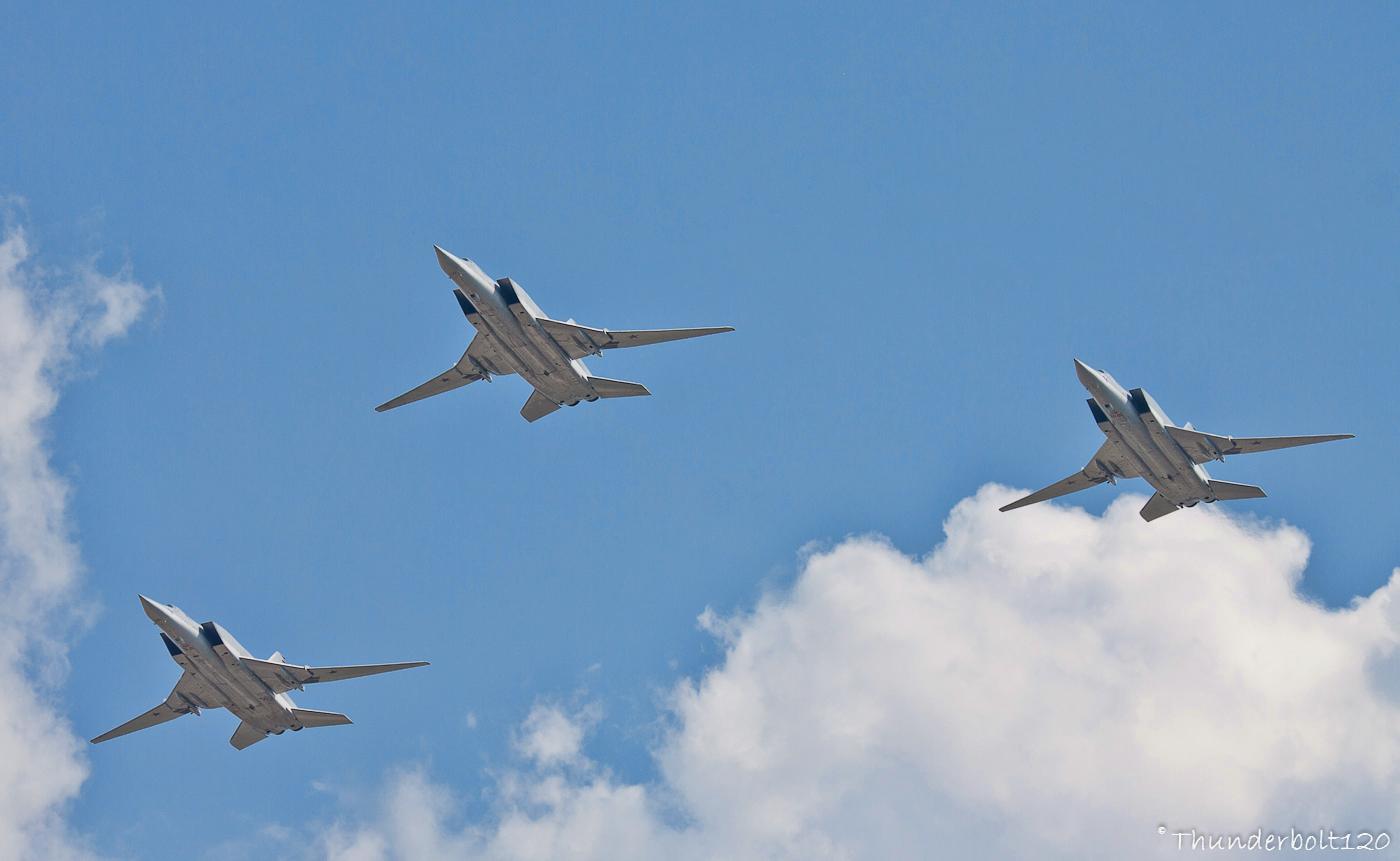 3x Tu-22M-3