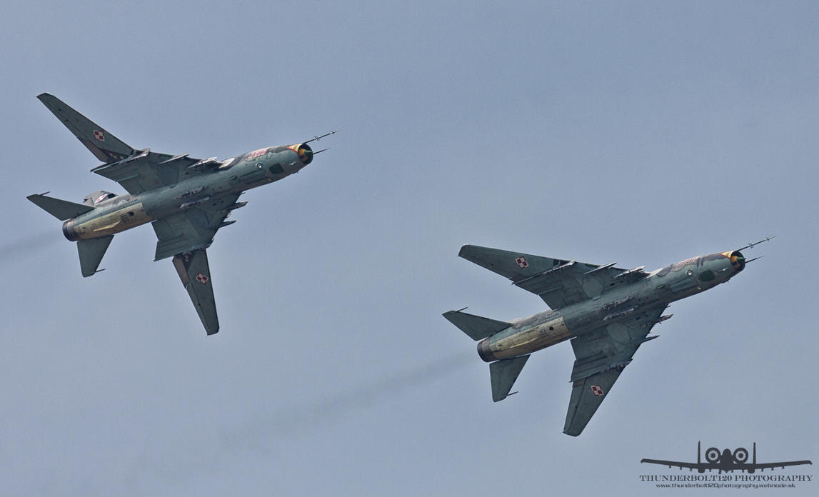 Sukhoi Su-22M-4 3920 and 3816