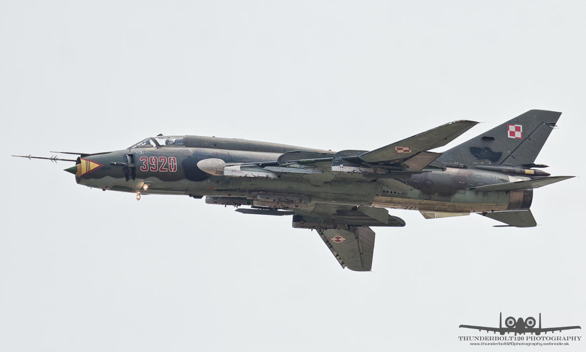 Sukhoi Su-22M-4 3920