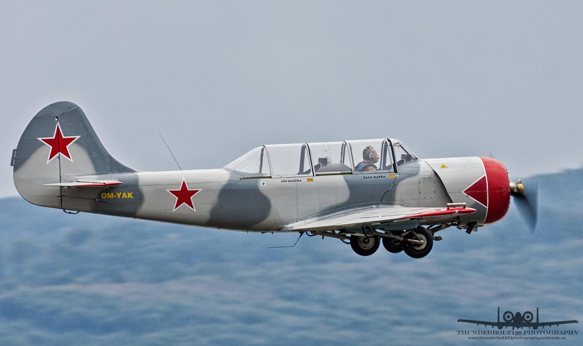 Yakovlev Yak-52 OM-YAK