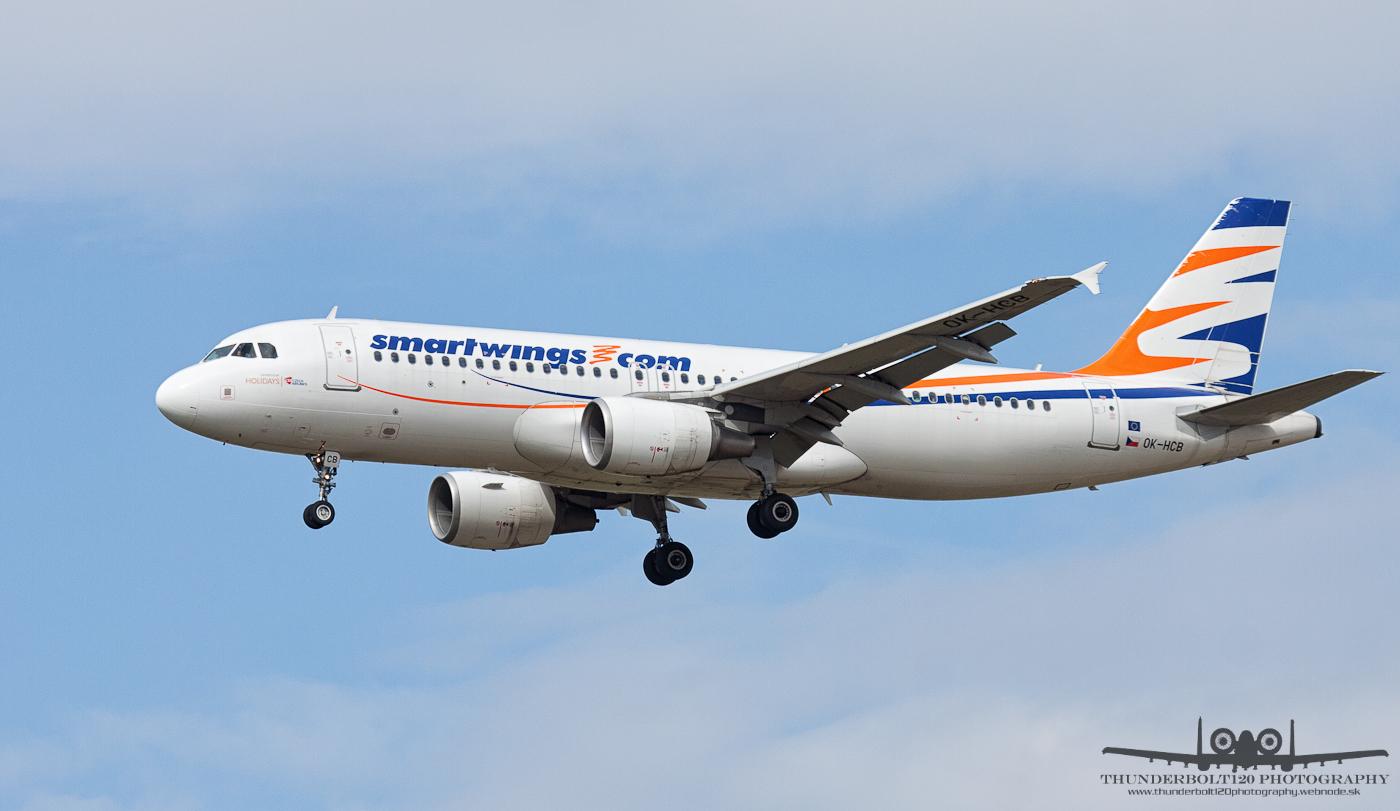 Airbus A320-214 OK-HCB