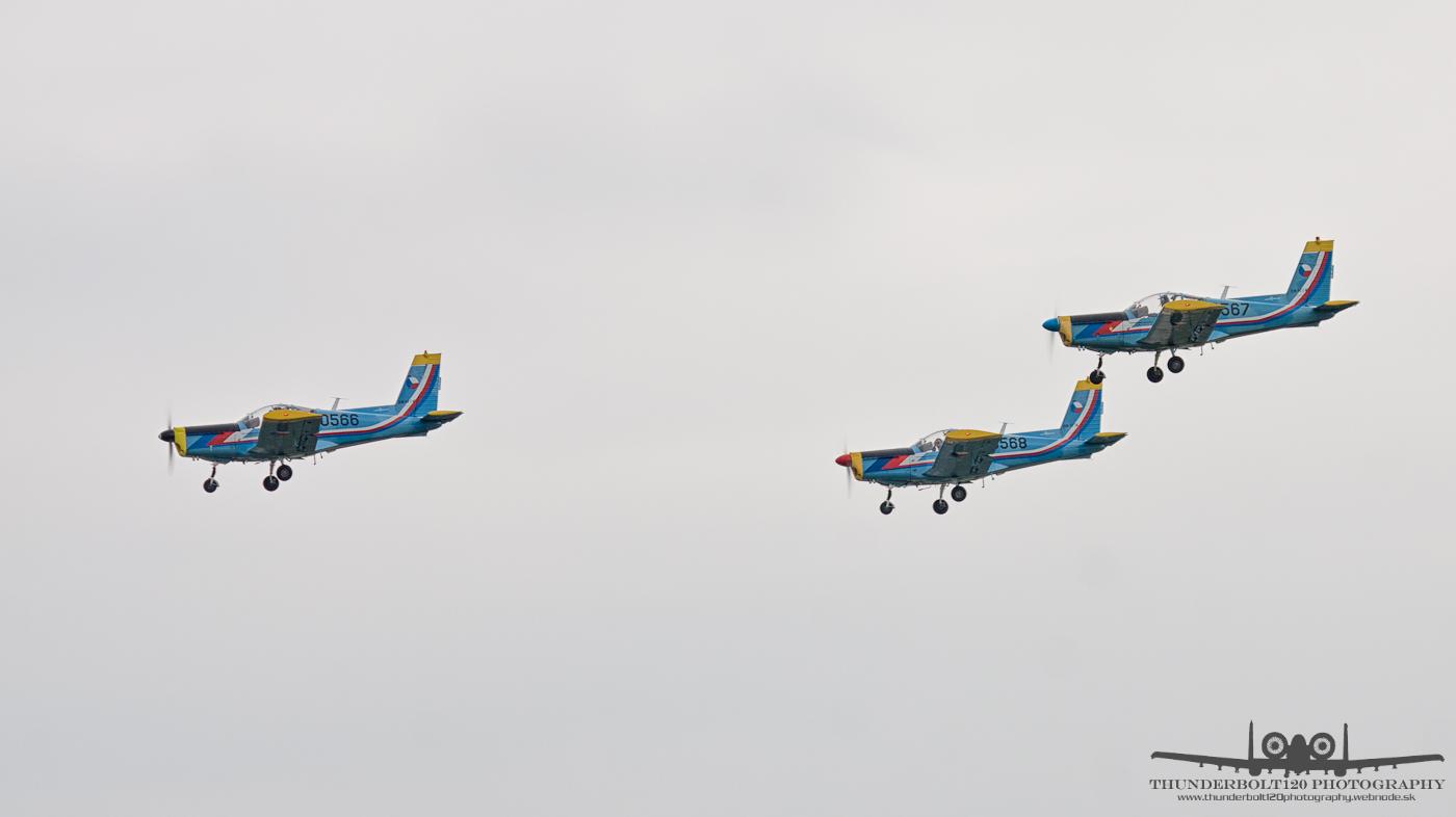 3x Zlin Z-142C/AF