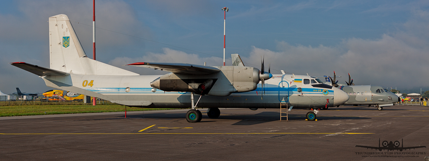 Antonov An-26 04