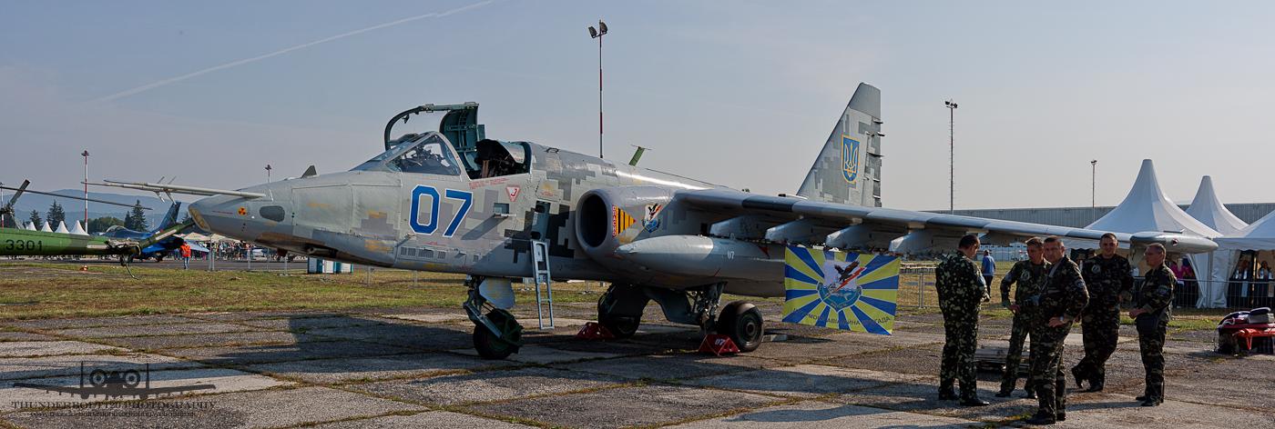 Sukhoi Su-25M1 07