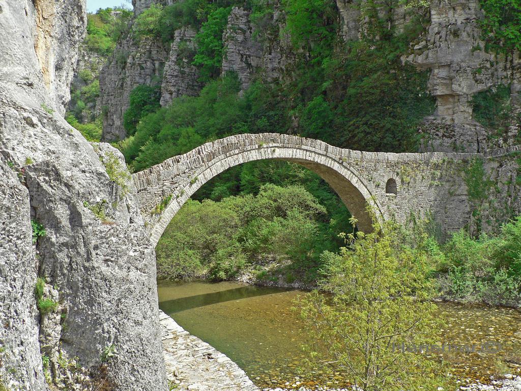 Old Bridge by Hansmar