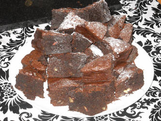 Chocolate, pecan, ginger and rum brownies