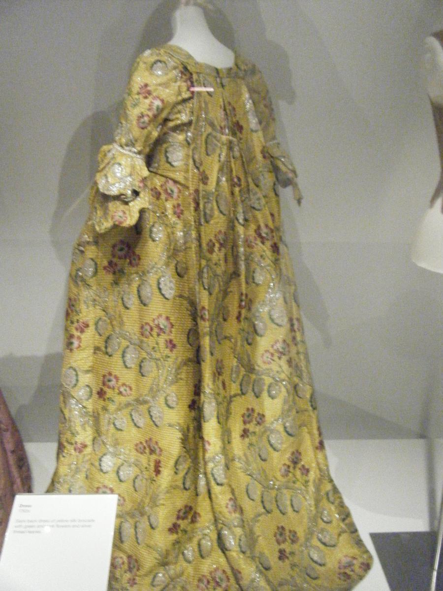 1700s 1800s Green Leaves Dress By Tuderianartiste On