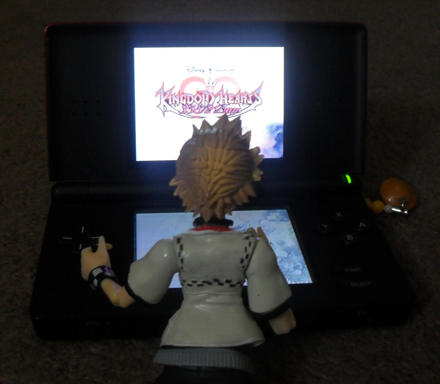 roxas isplaying kingdom hearts by thedrawinghamster