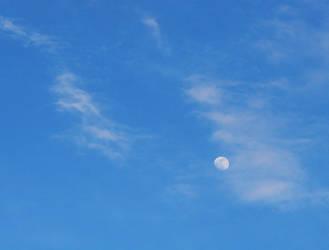 moon 2 by starlitefairy24