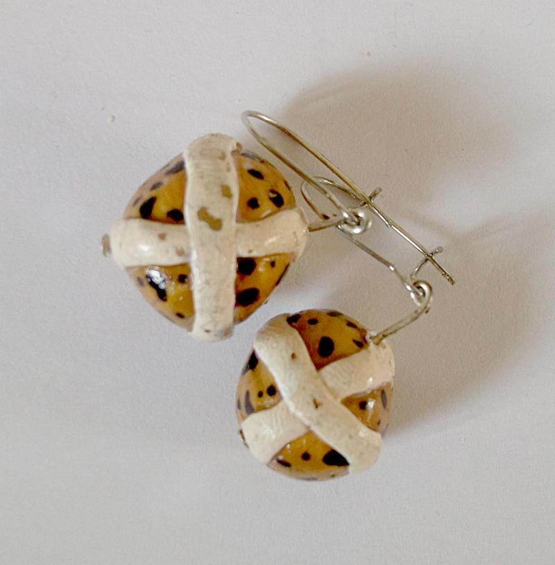 hot cross bun earrings by angelicgem