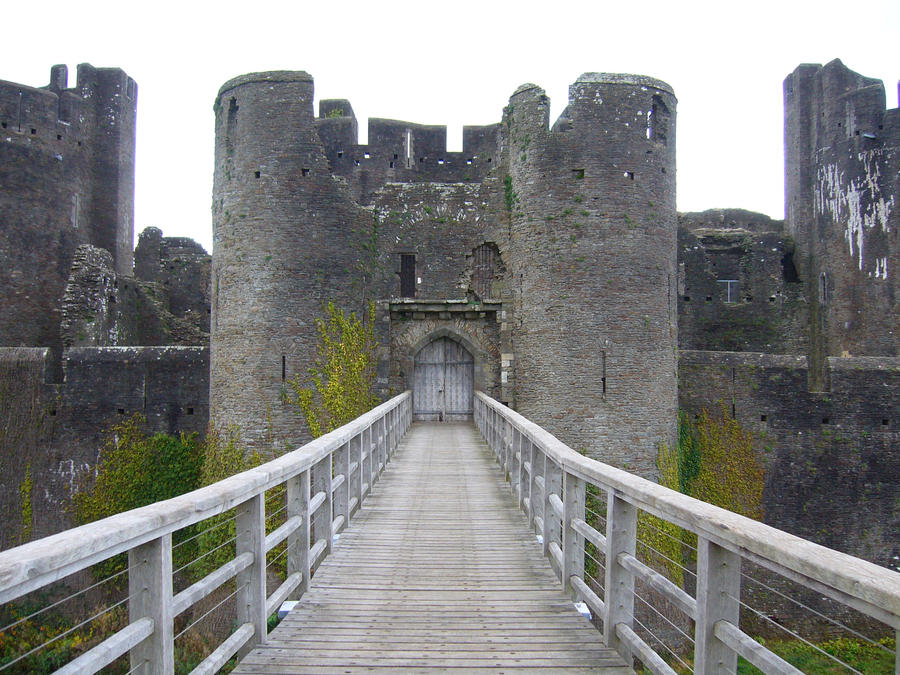 Caerphilly: Over The Bridge