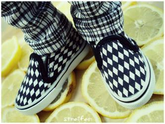 ...checkerboard lemon... by evphaedrielle