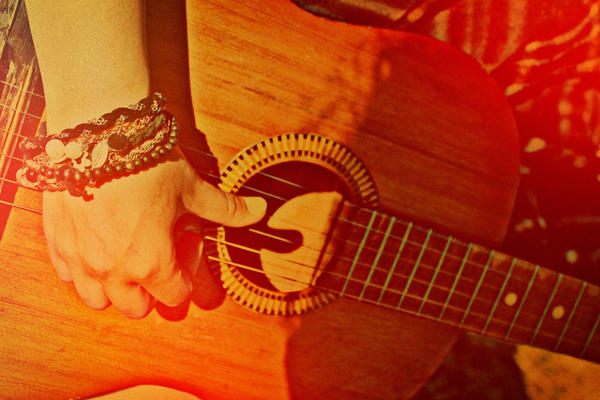 listen to my strings by OscarBren