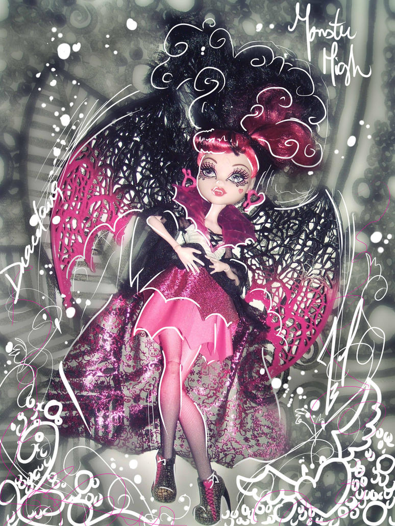 Monster High Draculaura Ghouls rule by JamilSC11