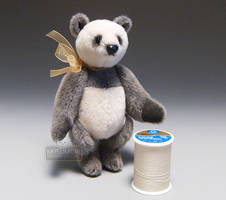 Xiaolongbao Mini Panda Stand by kaijumama