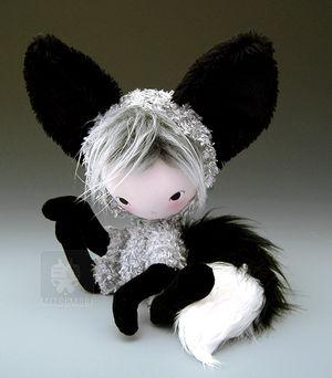 Shi Kitsune Fox Plush Doll 2