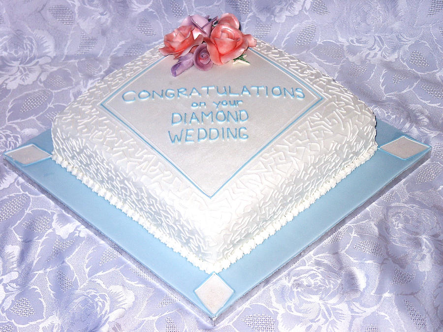 Diamond Shaped Wedding Cakes