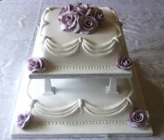 Lilac Roses Wedding Cake by Franbann