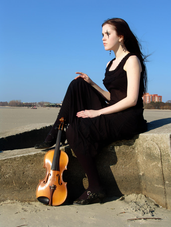 Harlequin Violin 26 by Kechake-stock