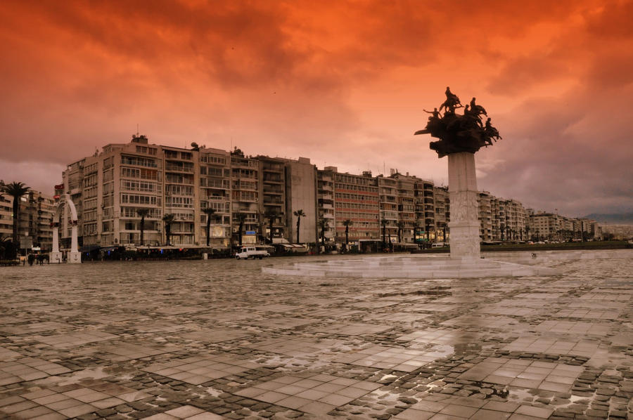 Izmir Kordon by MEMCQS on DeviantArt
