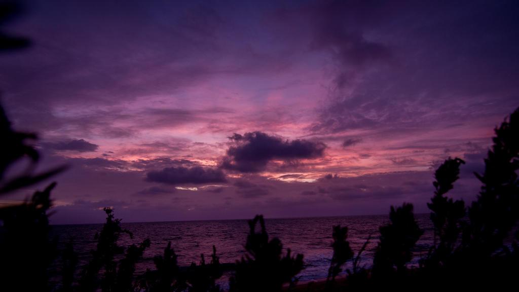 Sunriseset by RoundDrop