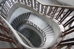 Silent stairs by Erdbeersternchen