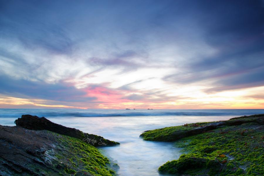 The Sky Today: 7 April 2012 by JoycelynSiew