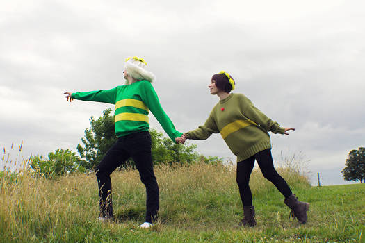 Young Chara and Asriel from Undertale Cosplay [3]