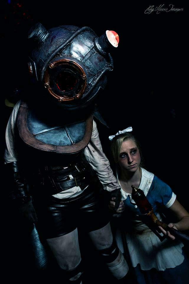 Bioshock: Little and Big Sister by Moxiemelody
