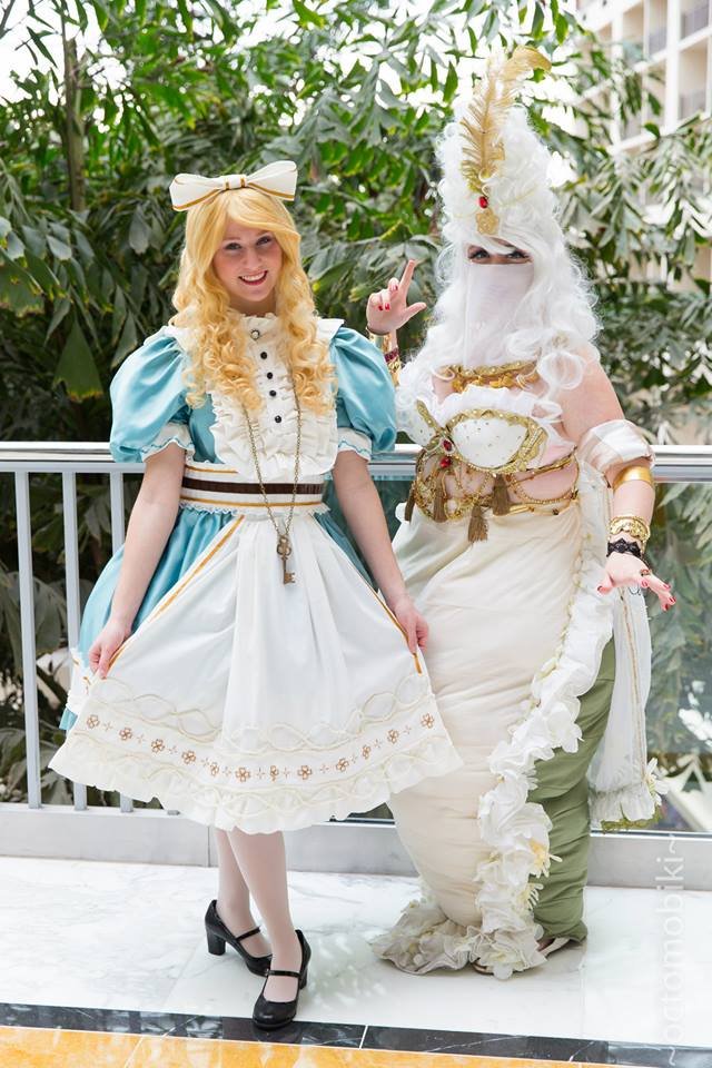 Sakizou Alice in Wonderland by Moxiemelody