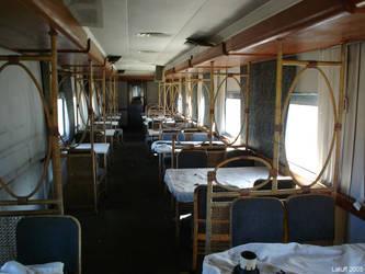 Trem de prata abandonado 9