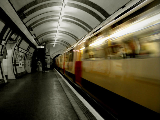 Covent Garden-Piccadilly Line by creativehouse