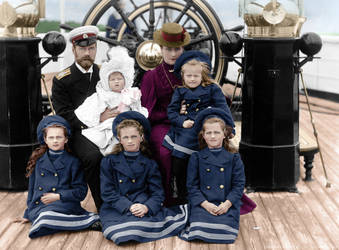 Imperial Family 1906 by hmhsbritannic