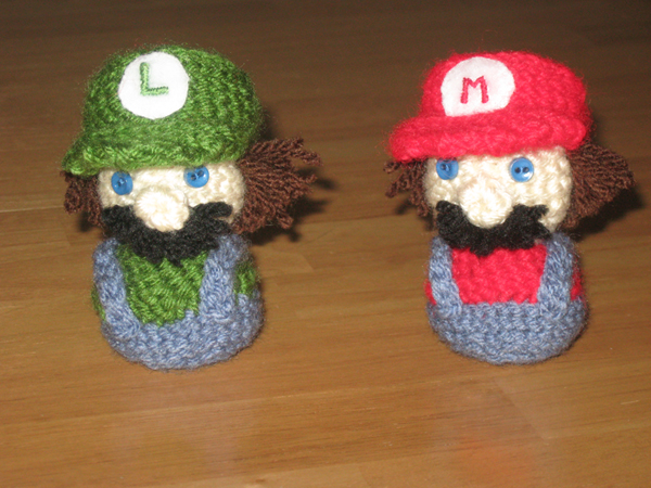 Amigurumi Mario Anleitung : Mario and Luigi Amigurumi by Craftigurumi on DeviantArt