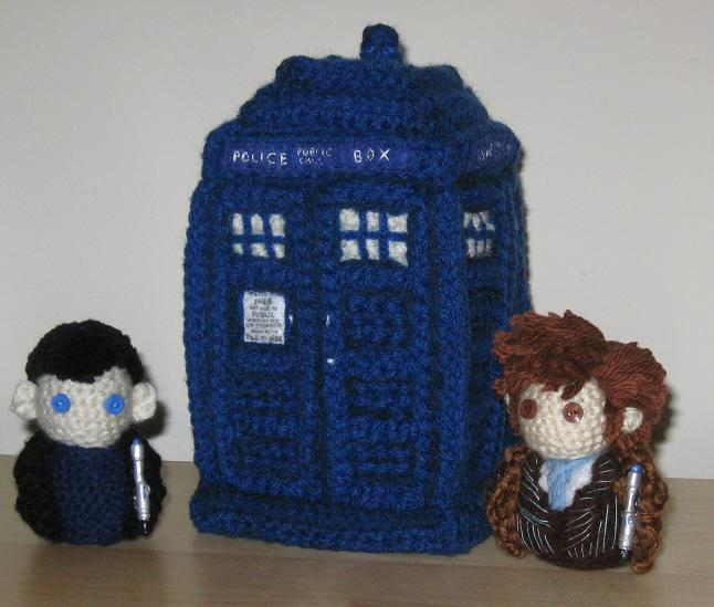 Amigurumi TARDIS Plush by Craftigurumi