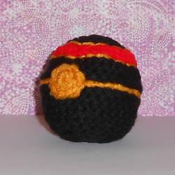 Luxury Ball Hackesac by Craftigurumi