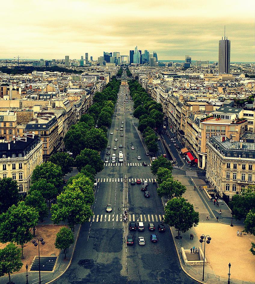 Le Paris version deux by Chihito