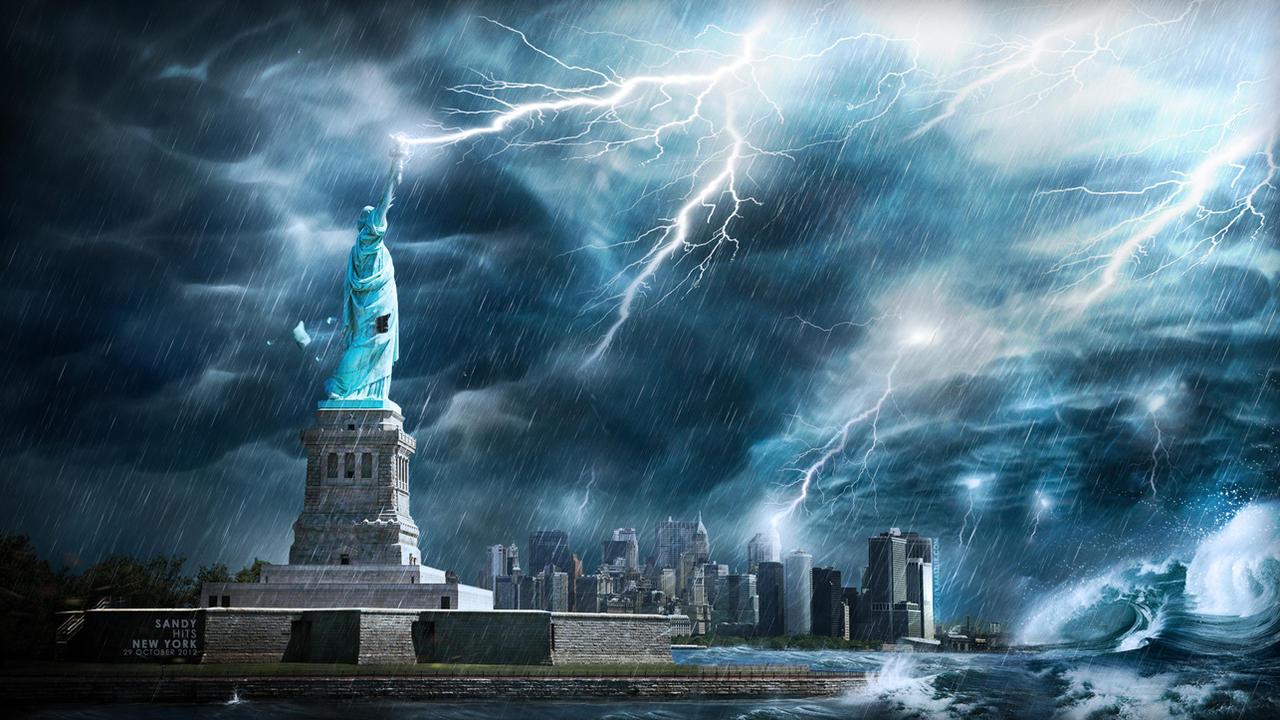 Hurricane Sandy hits News York  Hurricane