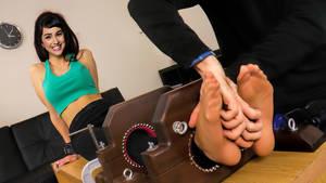 Molly Ephraim tickle fake (tickling)