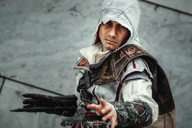 Ezio Auditore /Assassin's Creed II Cosplay