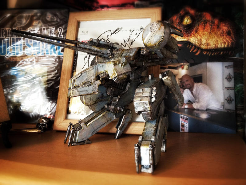 Custom Kotobukiya Metal Gear Rex on display by SolidAlexei