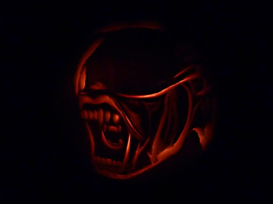 Alien pumpkin by Darkmoonlilly