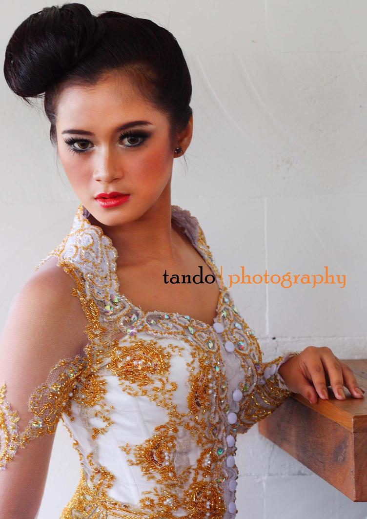 Dyandra II - Plate For Brides by tandodol
