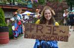 Free Directions RenFaire Girl